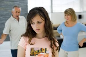 Избегаем типичных ошибок в воспитании подростка