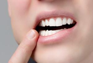 Имплантация зубов в современных клиниках полностью безболезненна