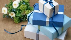 Идеальный подарок на день рождения и как его преподнести?