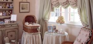 Правильно подобранные австрийские шторы позволят сделать интерьер оригинальным