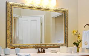 Сколько стоит настенное зеркало в Москве?