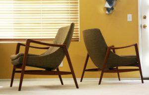 Стильный образ деревянные кресла