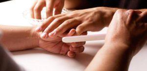 Курсы маникюра в Санкт-Петербурге: как научиться правильно следить за ногтями?