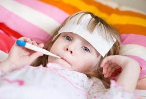Как эффективно лечить простудные заболевания у детей