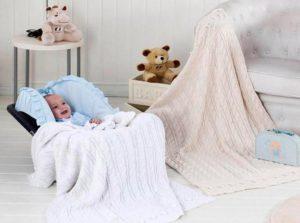 Как правильно выбрать вязальный плед для новорожденного ребенка