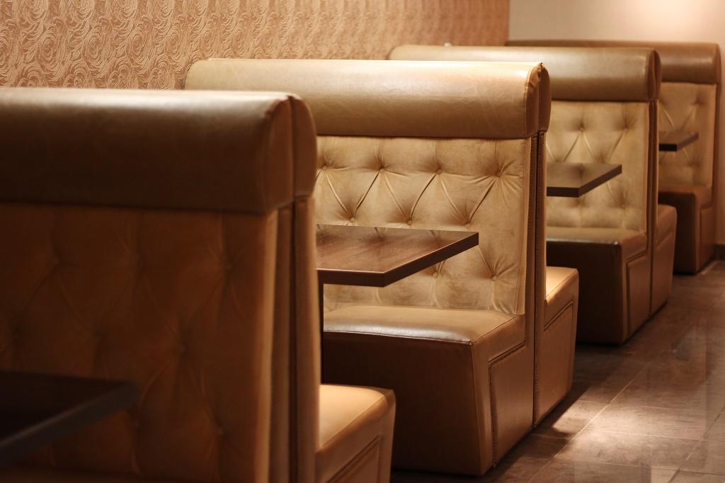 Диваны для кафе - комфорт каждого посетителя