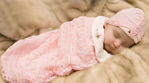 Правила выбора одежды для новорожденных