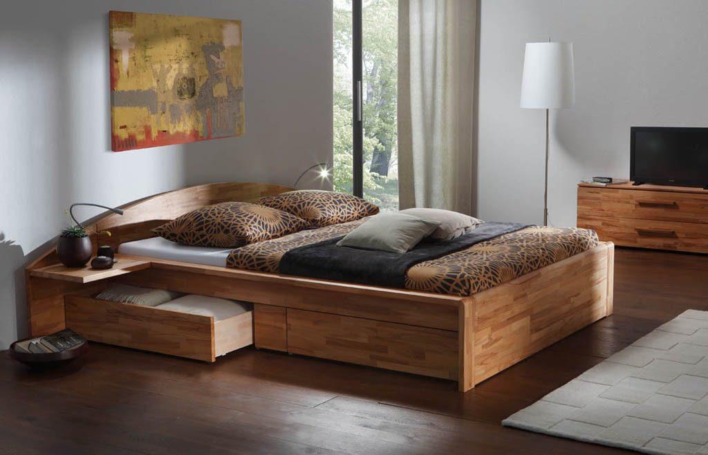 Комфорт совместного сна зависит от двуспальной деревянной кровати