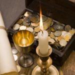 Полезный и эстетичный предмет в интерьере в виде соляной лампы