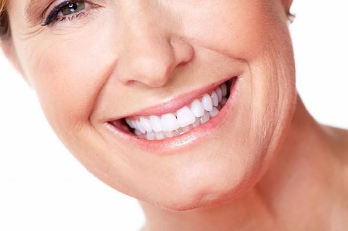 Протезирование зубов в пенсионном возрасте